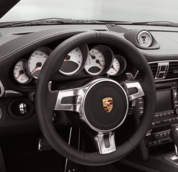 volante sequenziale in pelle p d k f 1 porsche 997 cayman. Black Bedroom Furniture Sets. Home Design Ideas
